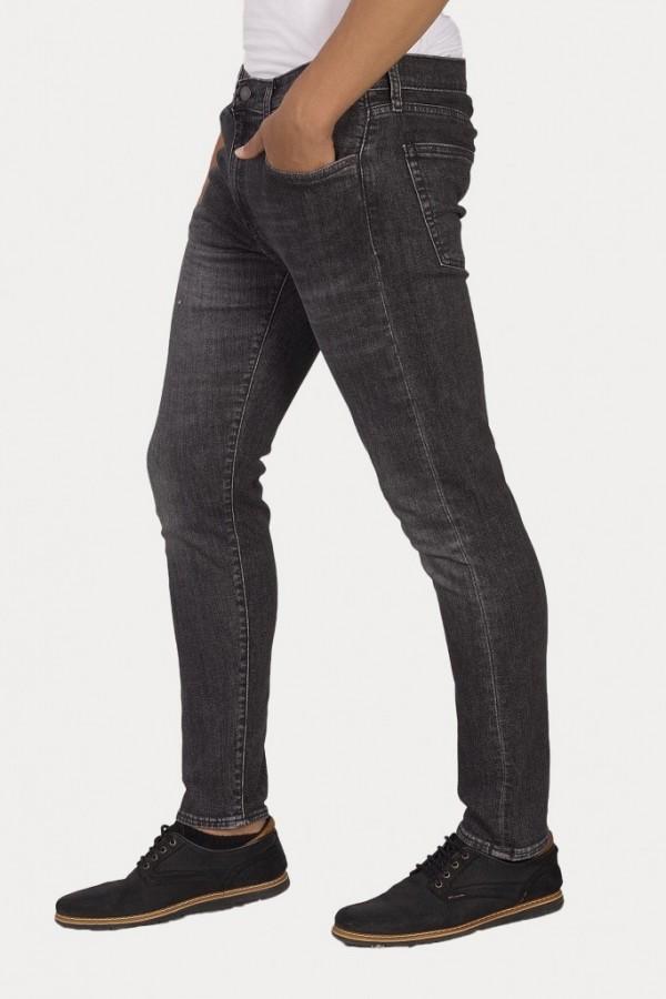 Levis Erkek Jean Pantolon 512 Slim Taper Fit  28833-0245