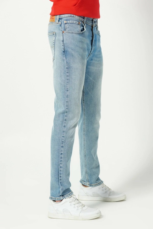 Levis Erkek Jean Pantolon 512 Slim Taper Fit  28833-0556