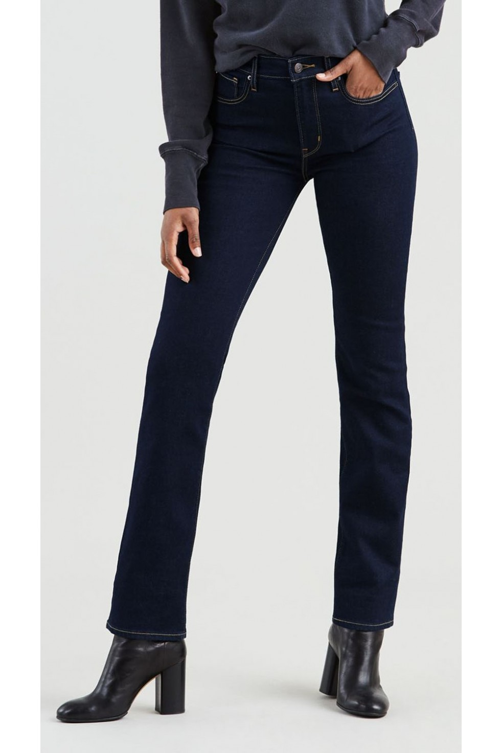 Levis Bayan Jean Pantolon 724 High Rise Straight 18883-0015